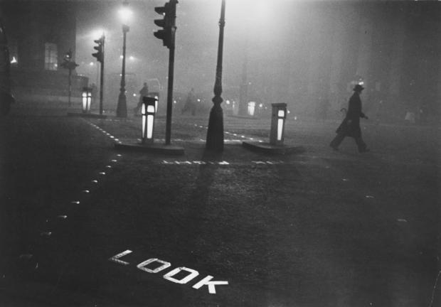 Robert-Frank-London-1952-1024x715